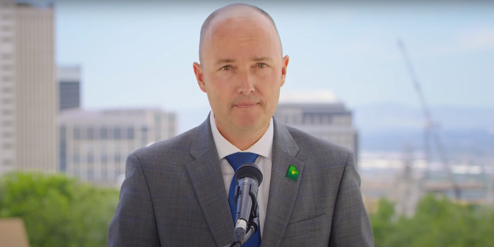 فرماندار یوتا در حال تصویب لایحه ای برای فیلتر کردن پورنوگرافی است ، او می خواهد ایالات بیشتری را دنبال کنند